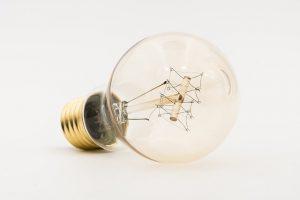 bulbs-3366585_640